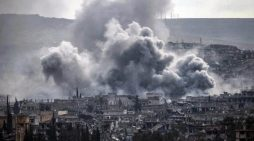 Raqqa: Airstrikes if you stay, land mines if you flee